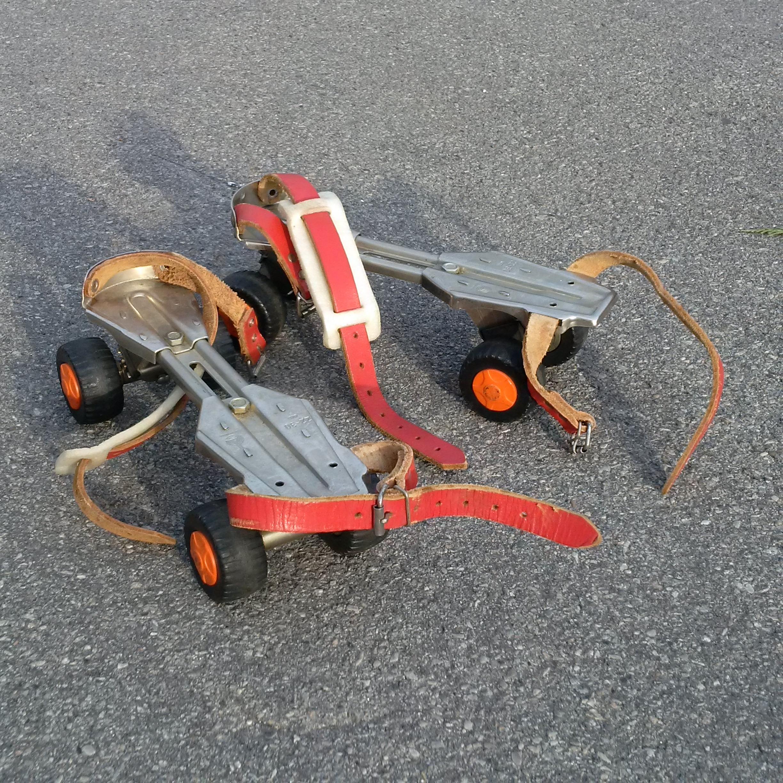 Vintage Dan Roller skates
